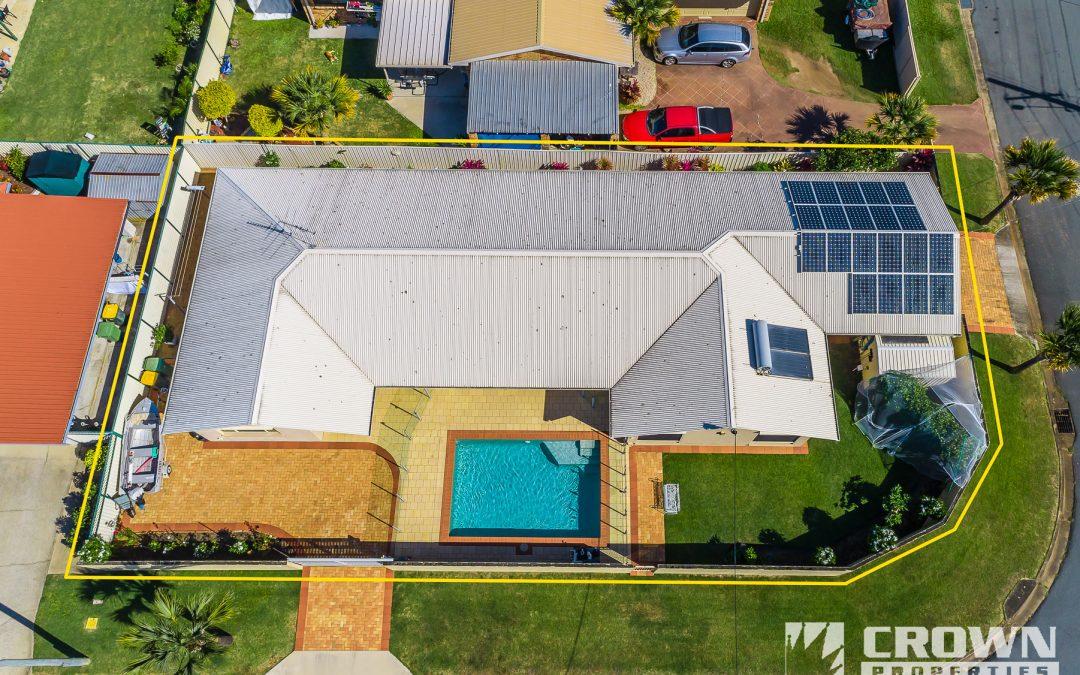 7 La Salle Drive, NEWPORT  QLD  4020